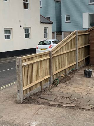 New replacement fencing for a Gosport client